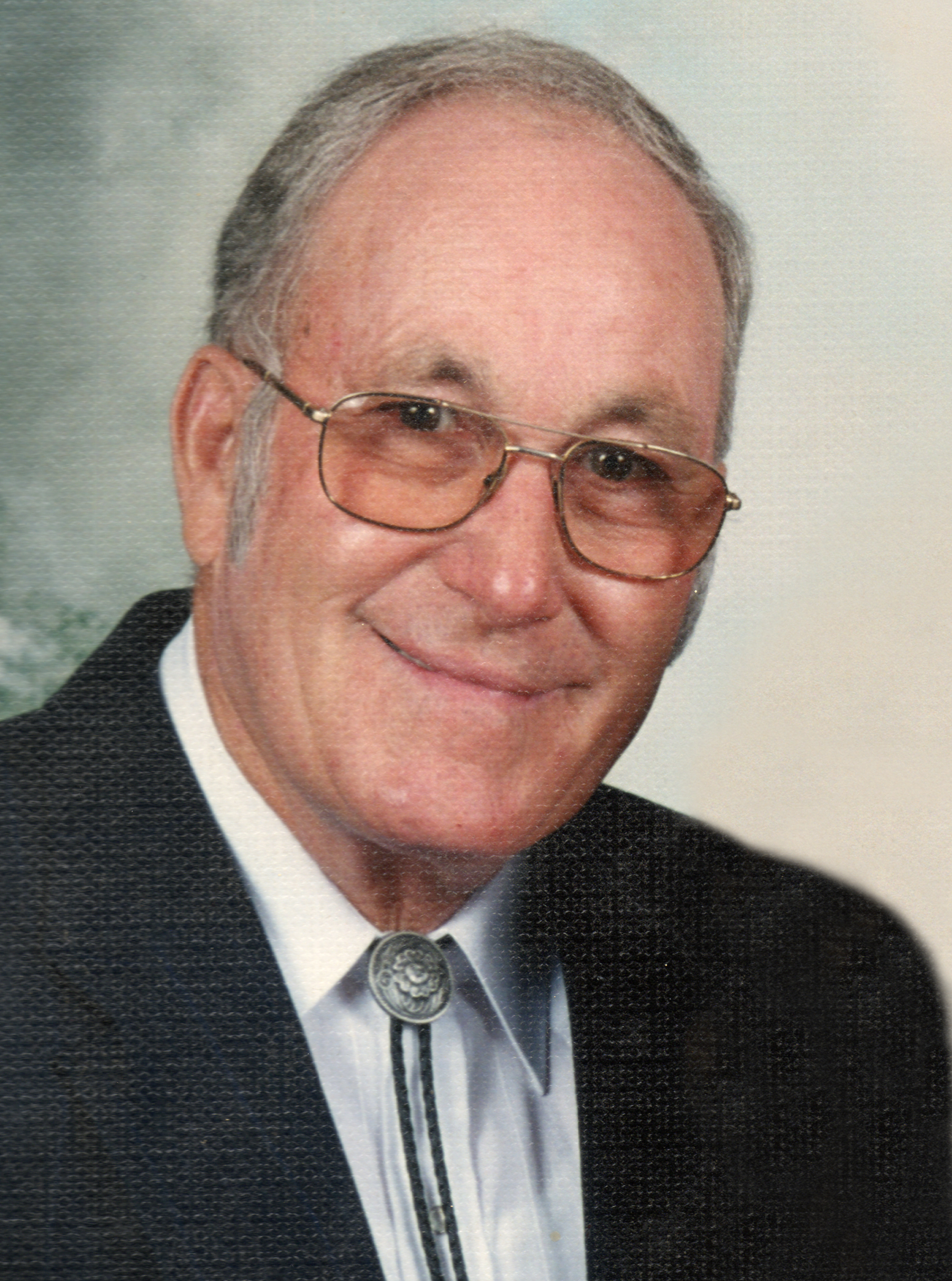Kenneth Ray Pike, age 74, of Elkhorn died there on Sunday, April 6